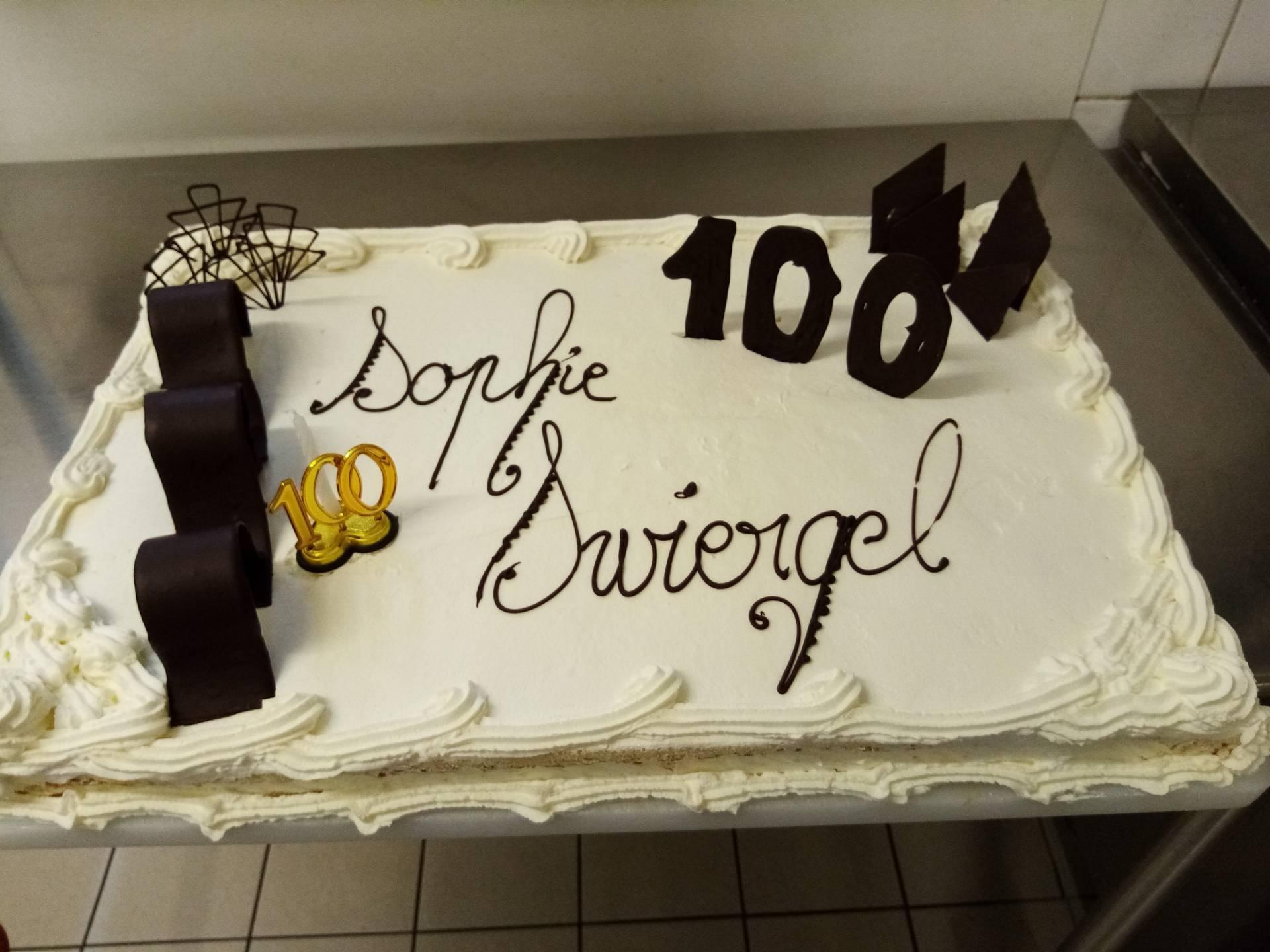 100 ans gâteau