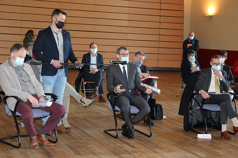 16-04-21 Viste Ministre Bourguignon